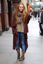 cardigan,miley cyrus,boots,jacket,denim,jeans,shoes,coat,oversized cardigan,burgundy,knitted cardigan,sweater,fall outfits,streetstyle,fall sweater,winter outfits,trendy,fancy,pretty,girly