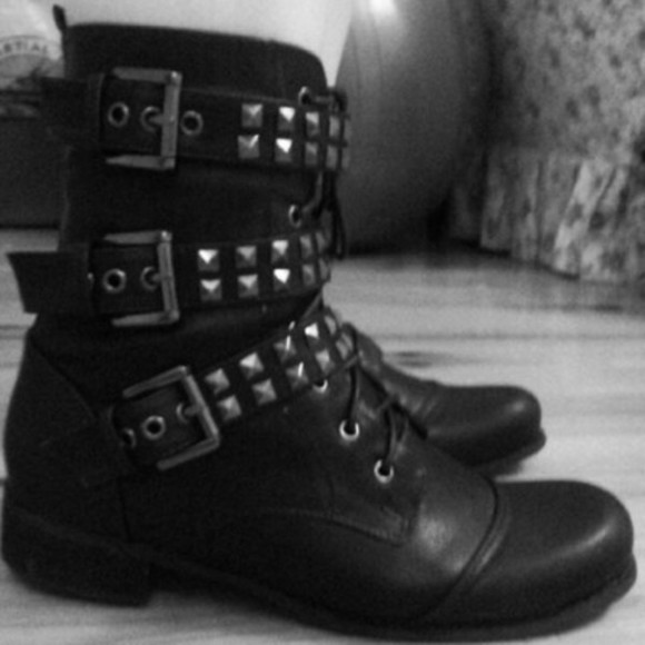shoes black boots ankle boots booties studded punk goth metal buckles