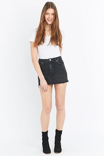 2fb8ac65df BDG Five-Pocket Black Denim Skater Mini Skirt - Urban Outfitters