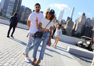 jeans top streetstyle ny fashion week 2016 mens t-shirt menswear elaine welteroth