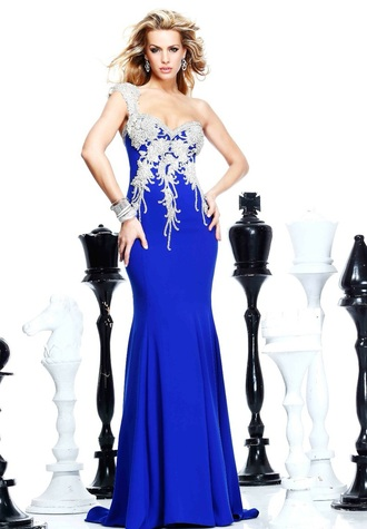 dress blue or red burgandy or blue