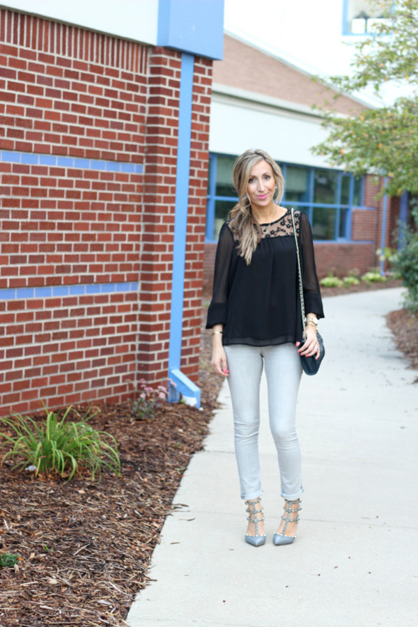 lilly's style blogger top jeans shoes bag jewels