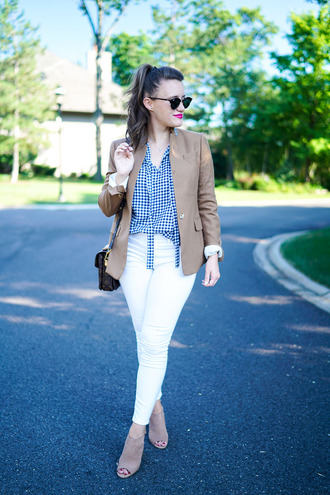 covering bases curvy blogger top jeans jacket shoes sunglasses jewels