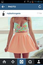 skirt,pink skirt,cute crop top,top,skater skirt,peach,cute,bombshell,crop tops,cut out top,floral tank top,floral,blue,pink,sexy,gorgeous,shirt