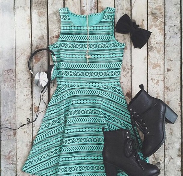 dress cute dress mint dress style shoes hair accessory