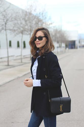 lady addict blogger coat blouse jeans bag sunglasses shoes