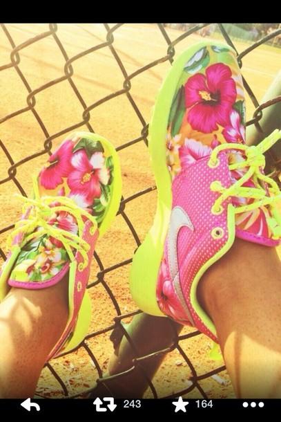 dcdbe390fe4d9 shoes roshe runs roshes nike tropical floral pink nike roshes floral lime  nike roshe run white