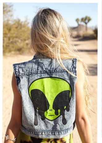 jacket jscket waistcoat denim grunge acid wash crop tops hipster vintage romper alien vest allien sleeveless jean jacket diy jeans dress summer style green cool denim jacket summer dress summer outfits green dress olive green green jacket