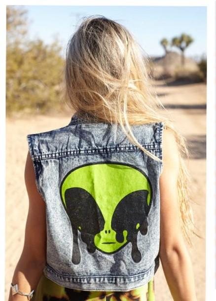 jacket jscket waistcoat denim grunge acid wash crop tops hipster vintage romper alien vest allien sleeveless jean jacket diy jeans dress summer style green cool denim jacket summer dress summer outfits green dress olive green green jacket denim vest