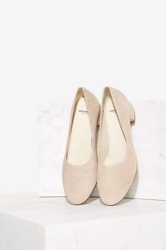shoes ballet flats nude shoes