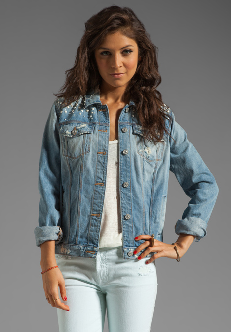 7 FOR ALL MANKIND 7 FOR ALL MANKIND Denim Jacket with Pearls in Light Destroyed at Revolve Clothing - Free Shipping!