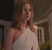 revenge,emily vancamp,white maxi dress
