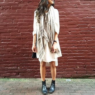 scarf on point clothing long scarf oversized cream long sleeve dress t-shirt dress ankle boots black boots black shoes style hipster cute cool girl instagram pretty beautiful women fashionista warm urban tumblr indie nude clothes summer outfits streetstyle boots shoes summer