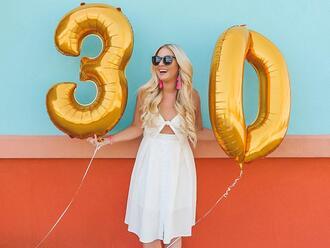 cortinsession blogger dress jewels shoes sunglasses