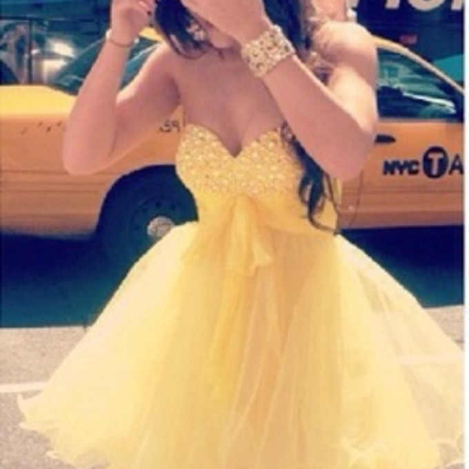Yellow Poofy Prom Dresses 39