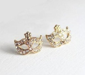 Amazon.com: Fashion Masque Mask Stud Earrings with Rhinestone White Collars Earrings Elegance Charm Earring Fashion Jewelry Birthday Gift Girlfriend Gift,1 Pair: Beauty
