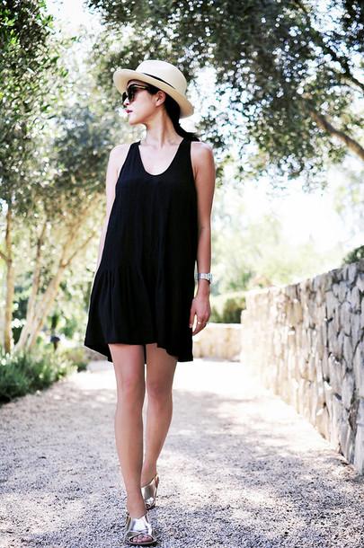 her imajination blogger jewels sunglasses felt hat dress hat shoes shorts