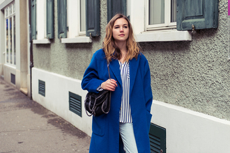 fashion gamble blogger striped shirt blue coat
