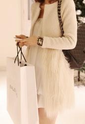 coat,cream coat,cream,fur,faux fur,faux fur jacket,white fur,white coat,fur coat,winter coat,white,feathers,white fur coat,cream wool fur bottom,cardigan,beige