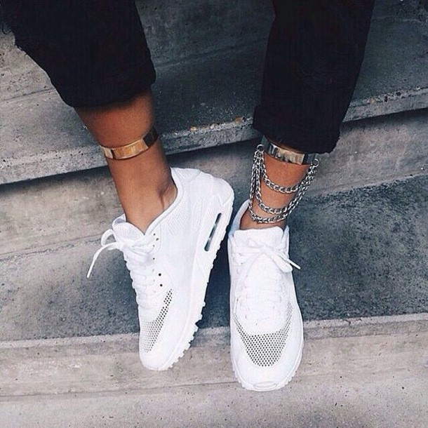 outlet store edbd7 8bb96 Nike Air Max 90 White Womens Outfit