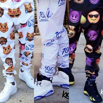 pants emoji print emoji pants sweatpants faces stickers smileys white sweatpants kiddchief belt cute jeans dope 100 swag black 100 emoji pants pajamas trendy
