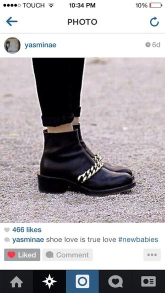 shoes black boots gold chain stylish fashion style fashionista yasminae