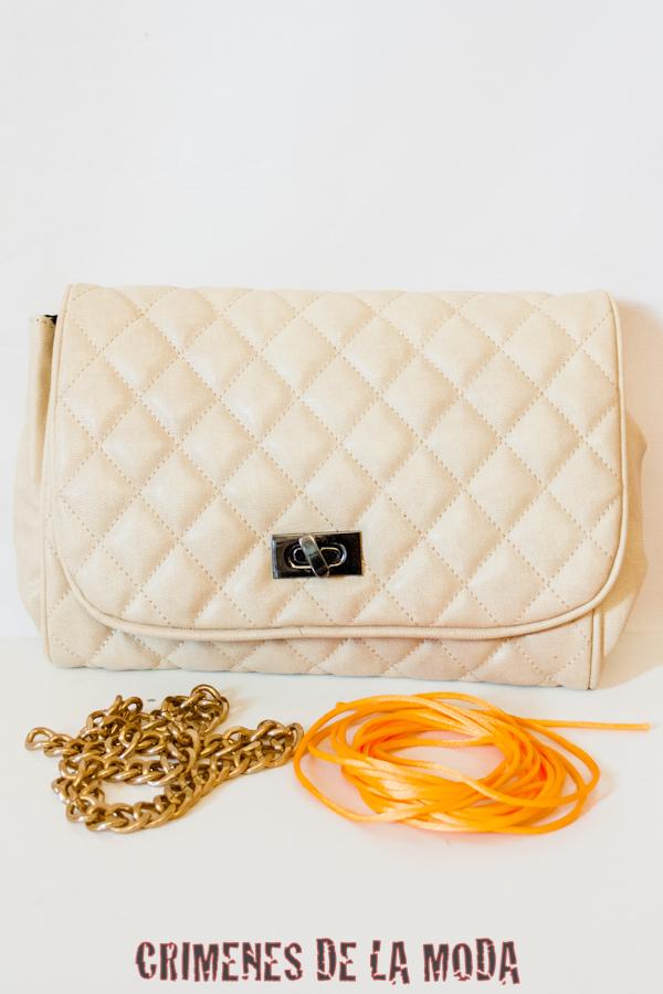 DIY Neon chain handbag | Crímenes de la Moda en stylelovely.com