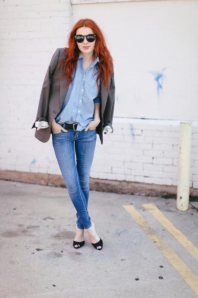 sea of shoes jeans jacket Belt