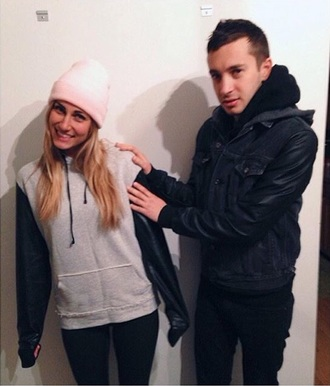 jacket jenna joseph jenna black black tyler joseph grey hoodie pink hat beanie