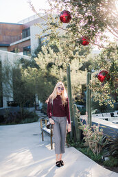 modern ensemble,blogger,sweater,pants,bag,sunglasses,winter outfits,grey pants