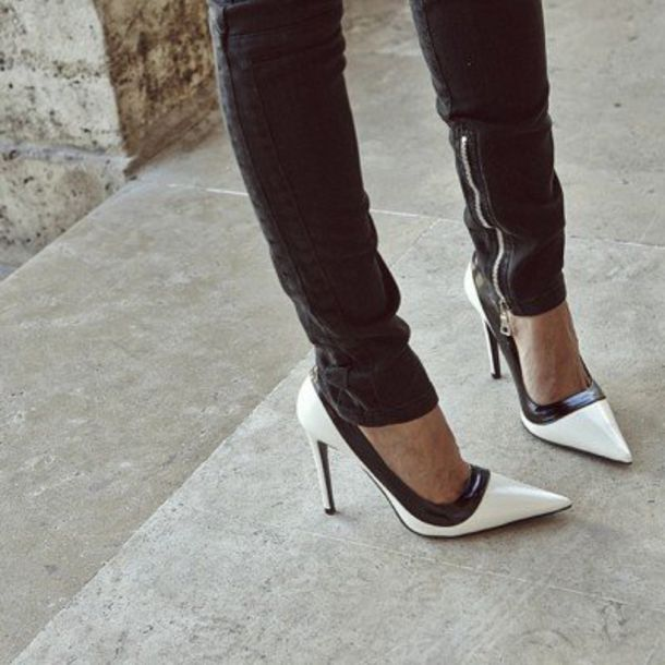 Shoes: beautiful black white black and white heels - Wheretoget