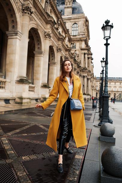 pants tumblr leather pants black leather pants vinyl black vinyl pants shoes loafers coat yellow yellow coat long coat bag crossbody bag