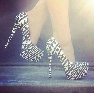shoes aztec geometric black and white heels pumps