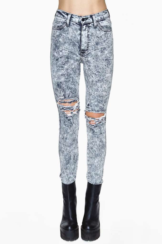 So Sketch Skinny Jeans in  Clothes Bottoms at Nasty Gal