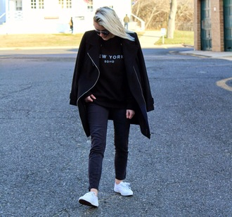 platinum and penniless blogger black coat white sneakers casual