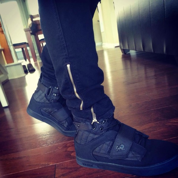 lion high top sneakers black