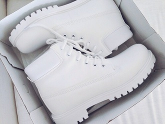 shoes boots white beautiful sneakers white boots