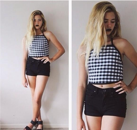 rihanna t-shirt black white checkered