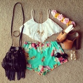shorts,floral,flowered shorts,flower crown,lace flowy top,mint,black bag,fringed bag,High waisted shorts,high heels,hippie,hipster,t-shirt,jewels,shoes,bag,tank top,spaghetti strap top,shirt,crop tops,white crop tops,uk crop top,white,lace,bra,bralette,blouse,heels,cute,flower headband,brown purse,heart glasses,gold jewelry,cuteeee,cute outfits,lovely,top,crop rop,summer,spaghetti strap,summer outfits,tropical shorts,white shirt,flowers,blue,sea,turquoise,black,class,tumblr,peace,fashion,sunglasses,short,tumblr outfit,california top,pants