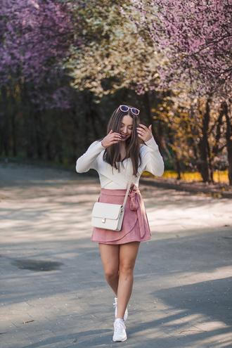 kolorowa dusza sunglasses shoes blogger blouse skirt bag spring outfits wrap skirt pink skirt crossbody bag sneakers