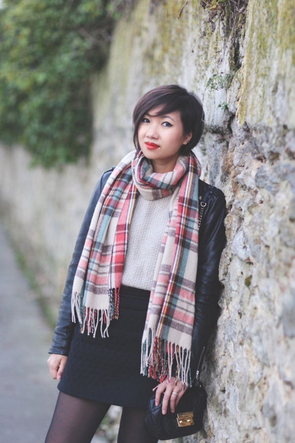 le monde de tokyobanhbao scarf sweater jewels jacket skirt