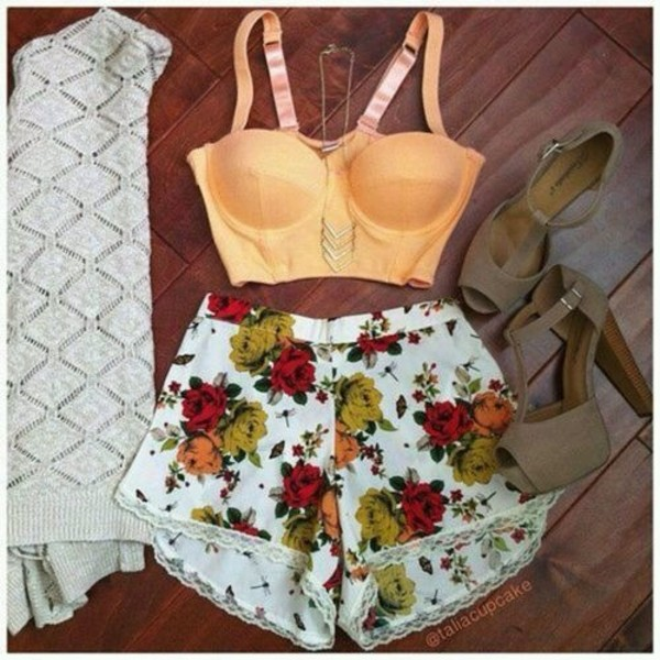 blouse tank top shorts shoes jewels