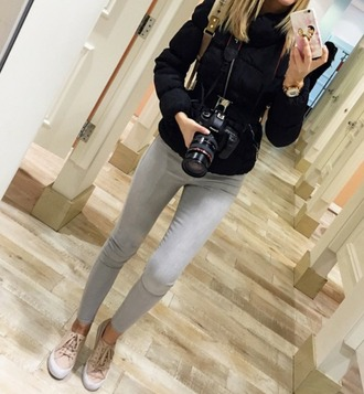 shoes beige shoes nude shoes girls sneakers lovely pattern inlove cool girly grey jeans swag girl jeans low top sneakers jeans