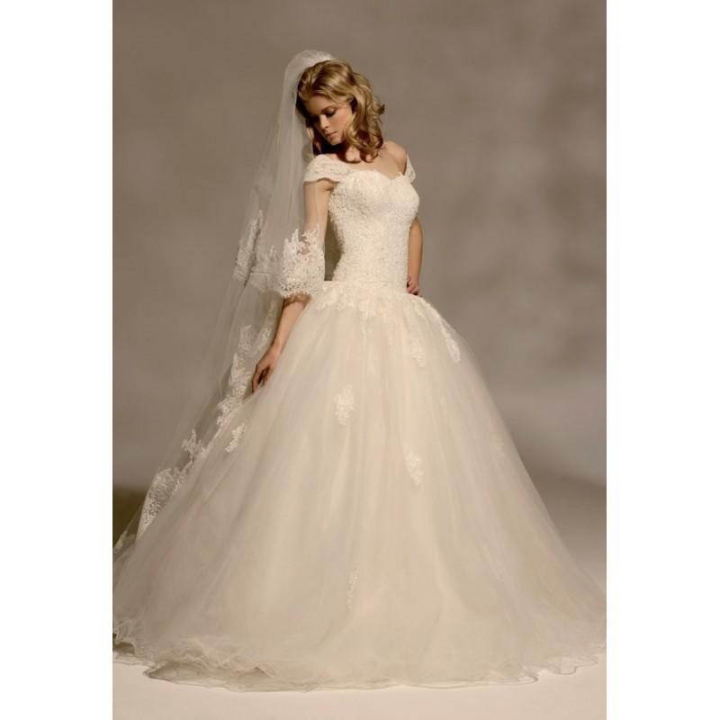 Mirella, Amethyste - Superbes robes de mariée pas cher   Robes En solde   Divers Robes de mariage blanc