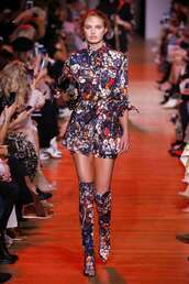shoes,floral,floral boots,romee strijd,model,fashion week,runway