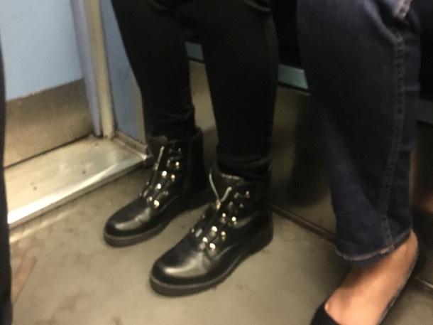 shoes boots noir avec fermeture