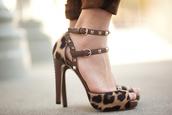 shoes,leopard print,animal print,animal print high heels,high heels,leopard print high heels,strappy,strappy heels,peep toe,leopard print peep toe,white pants
