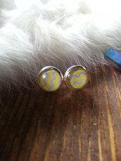 jewels,the glitzy hen,chevron,chevron earrings,studs,stud earrings,silver,yellow,silver earrings