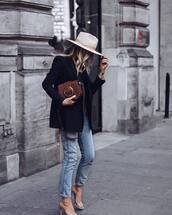 bag,crossbody bag,mini bag,jeans,high heel sandals,black blazer,black top,hat