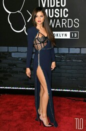 dress,navy,selena gomez,lace dress,lace,cute dress,need!,homecoming,navy dress,prom dress